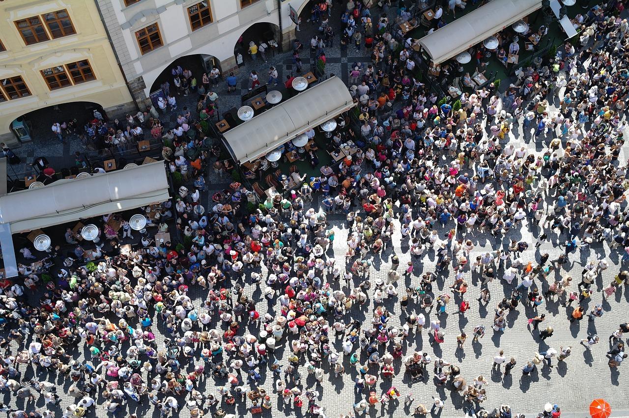 The Crowd People Many Onlookers  - Nemo_Jo / Pixabay